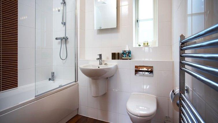 Stunning bathroom in Netherstowe House Mews
