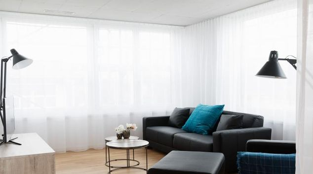 Living room at the Albulastrasse 34 Apartments