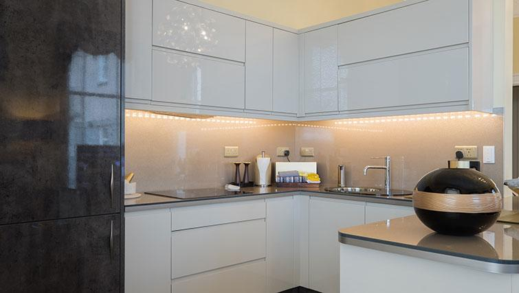 Modern kitchen at Marks @ The Manor Riverside Apartments