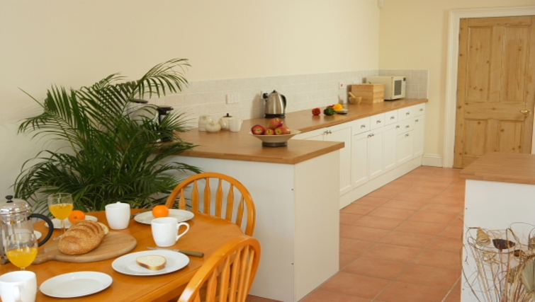 Classic kitchen in Durnford House Apartment
