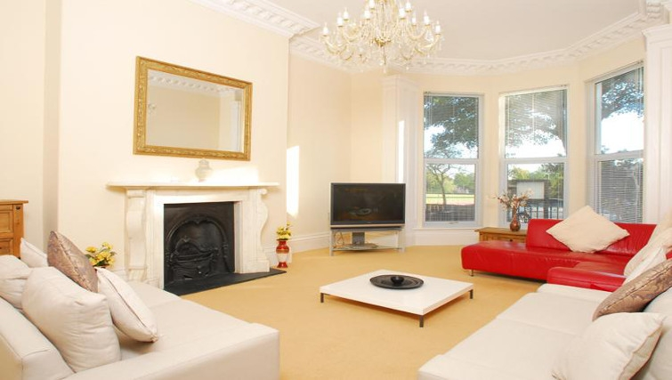 Bright living area at Osborne House