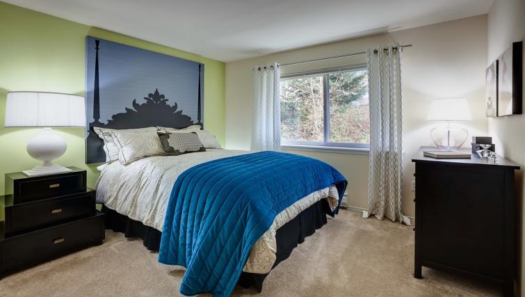 Bedroom at the  Pinnacle Sonata Apartments