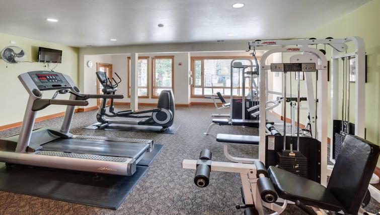 Gym at the Pinnacle Sonata Apartments