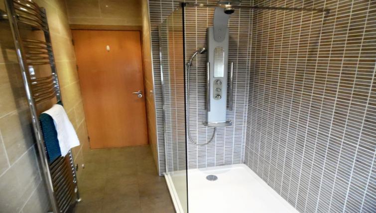 Shower at Blair Park Apartment