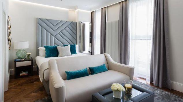 Living room at the Flying Butler Baker Street Apartments
