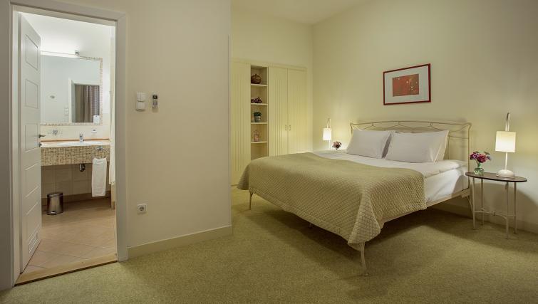 Bedroom decor at the Mamaison Residence Izabella