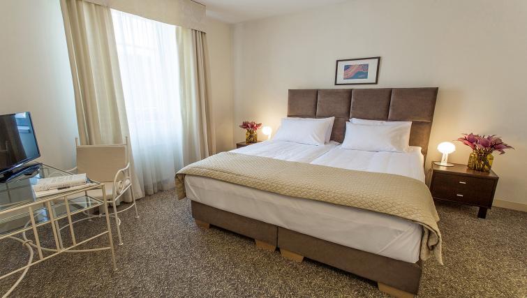 Ambassador Suite Bedroom King at the Mamaison Residence Izabella