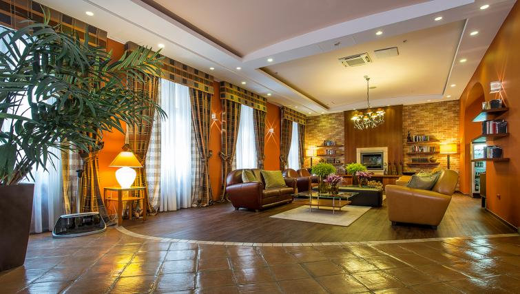 Lobby at the Mamaison Residence Izabella