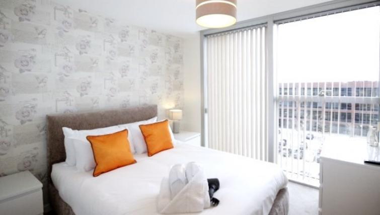 Bed at Cotels The Hub Apartments