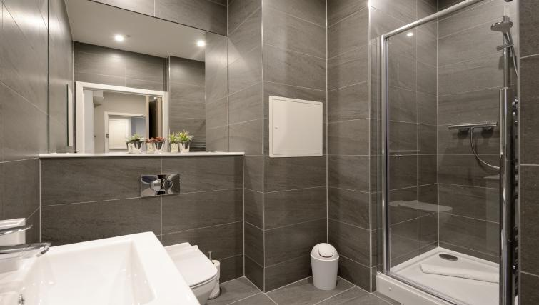 bathroom at the Nelson Mandela Place Apartments