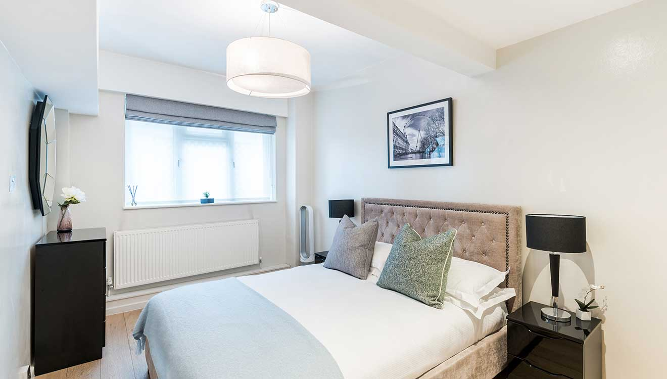 Double bedroom at Hyde Park Gate Apartments