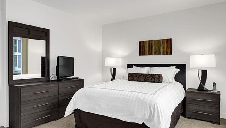 Bedroom at AMLI SLU Apartments