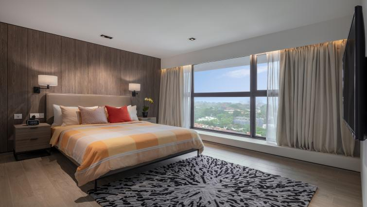 Master bedroom at Le Grove Serviced Residences, Singapore