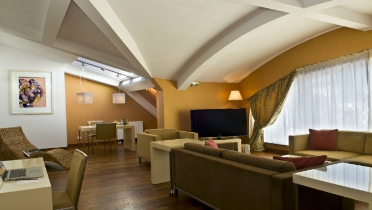 Stylish living area in Mamaison Residence Diana
