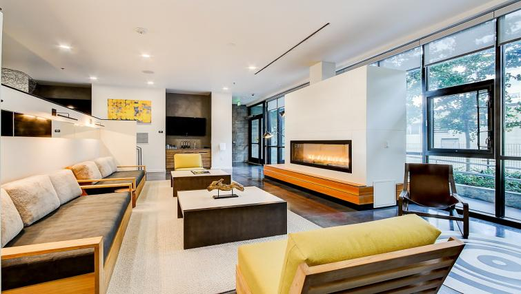 Communal lounge at the 8th and Republican Apartments