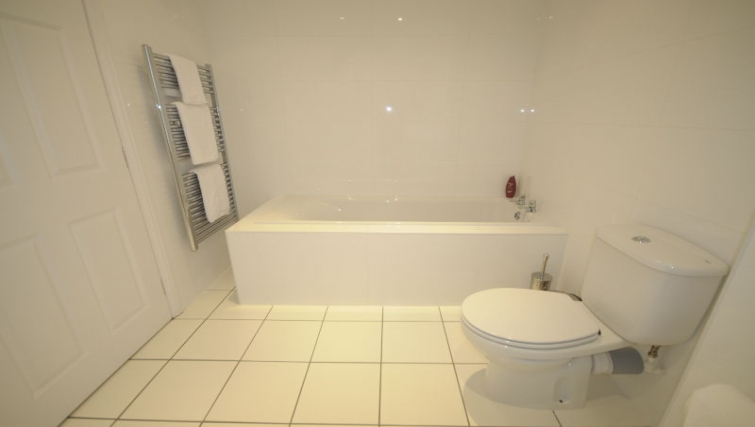 Clean bathroom in 26 Commercial Street Apartments
