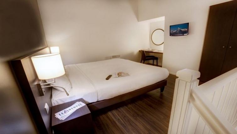 Bright bedroom in Citadines Part-Dieu Apartments