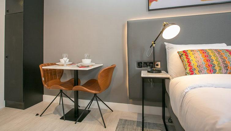 Table at Grafton House Apartments