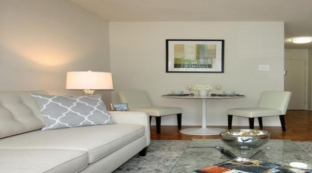 Living area at the Calvert House Apartments