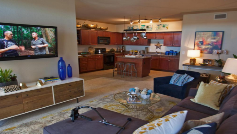 Lounge at the Gables Grandview Apartments