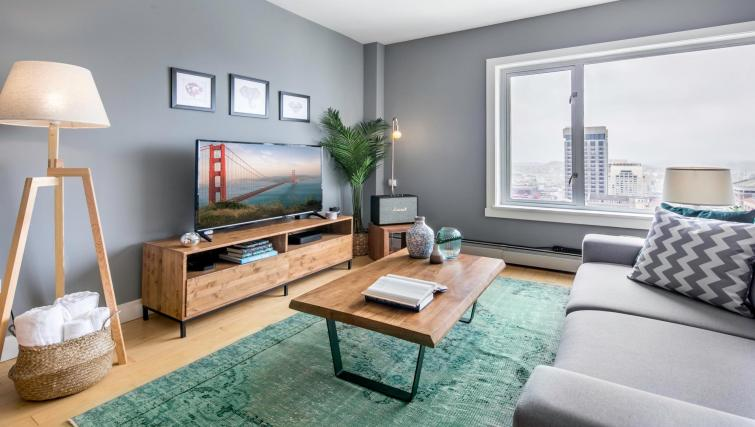 Clean living area at 899 Pine Street Serviced Apartments