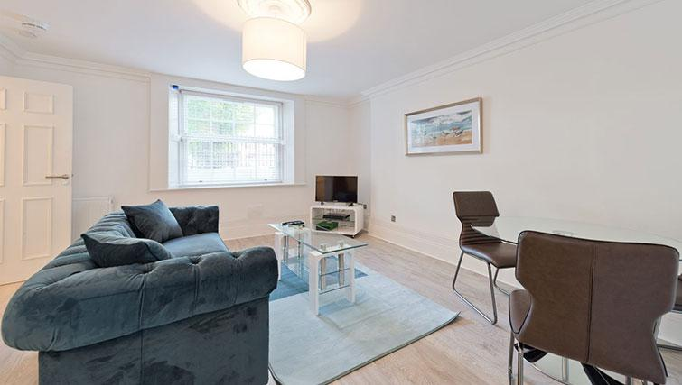 Living area at Suesey Place Apartments