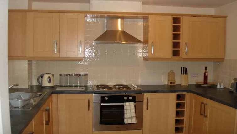 Modern kitchen in Darlington Apartments