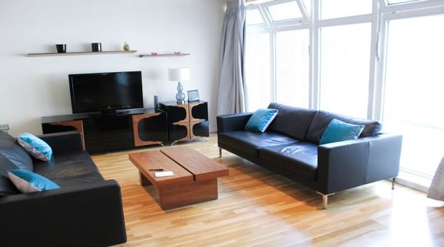 Lounge at Flying Butler Westrovia Apartments