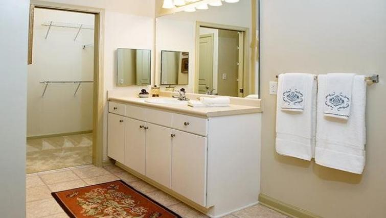 Bathroom at the  Walton Lakes Serviced Apartment