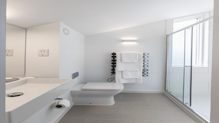 Bathroom at Devonshire Road Apartments