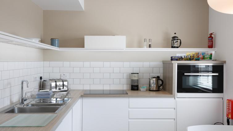 Modern kitchen at Devonshire Road Apartments
