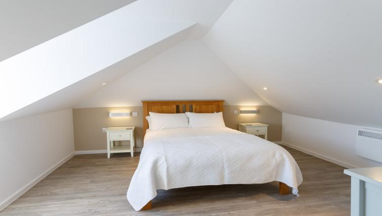 Bedroom at Devonshire Road Apartments