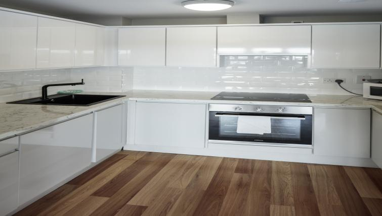 Kitchen at Castleforbes Square Apartments