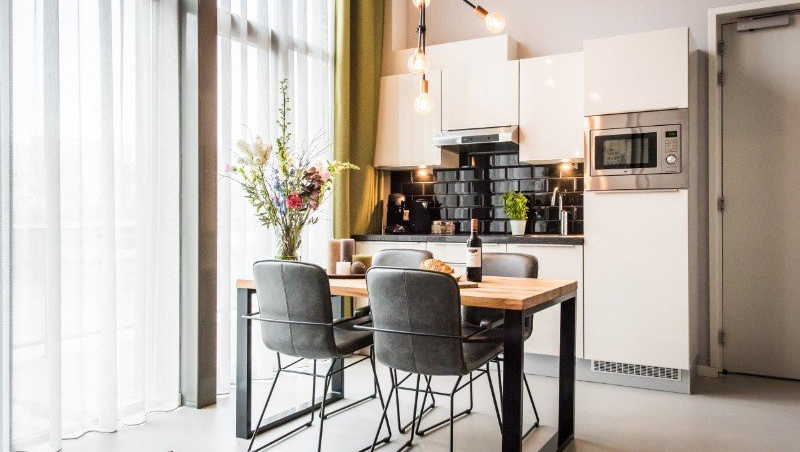 Dining table at Eastern Docklands Apartments, Amsterdam