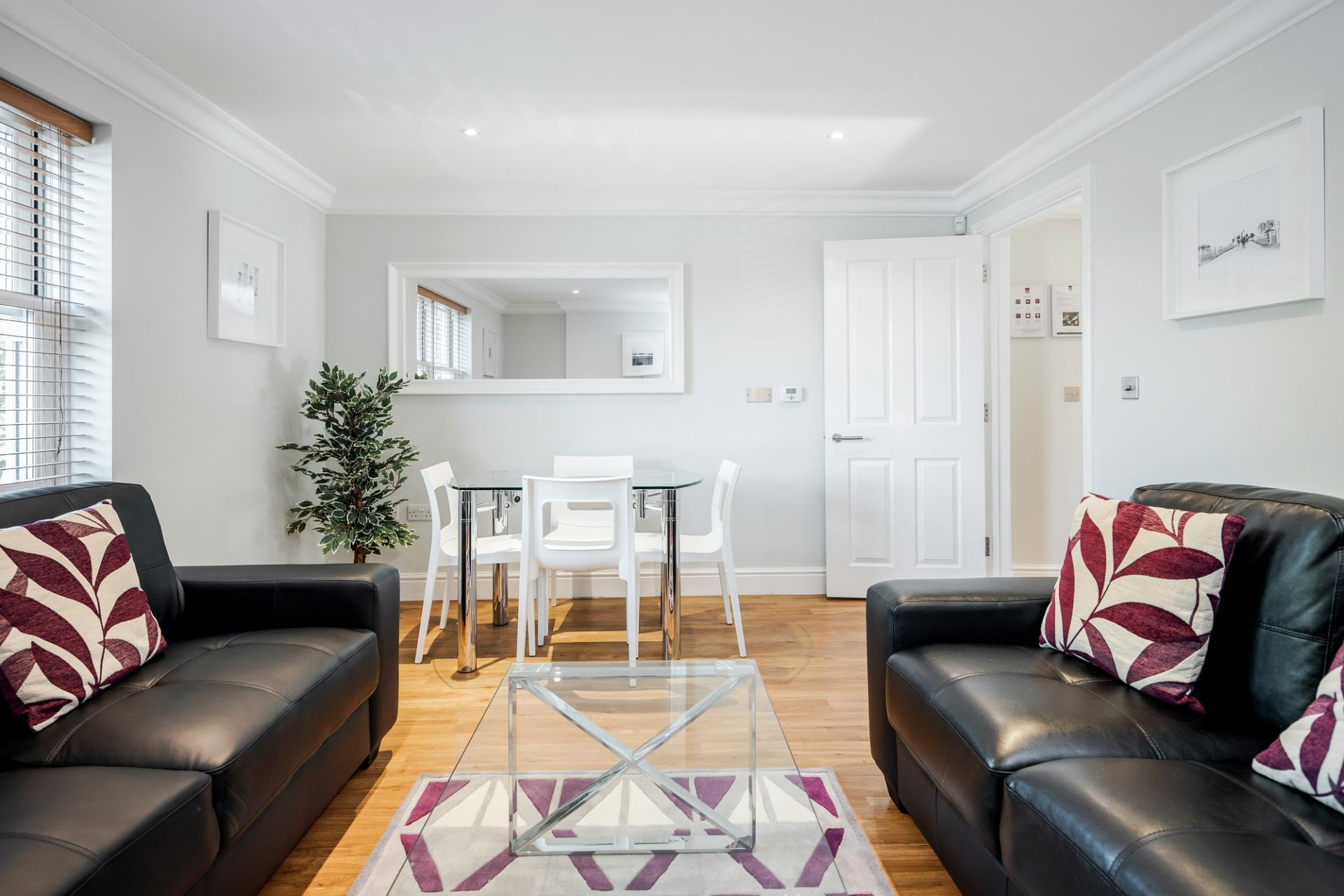 Dining area at Little Orchard Place Apartments, Centre, Esher