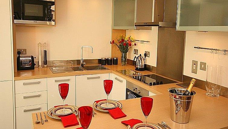 Kitchen bar at Accordia Apartments (Kingfisher Way)
