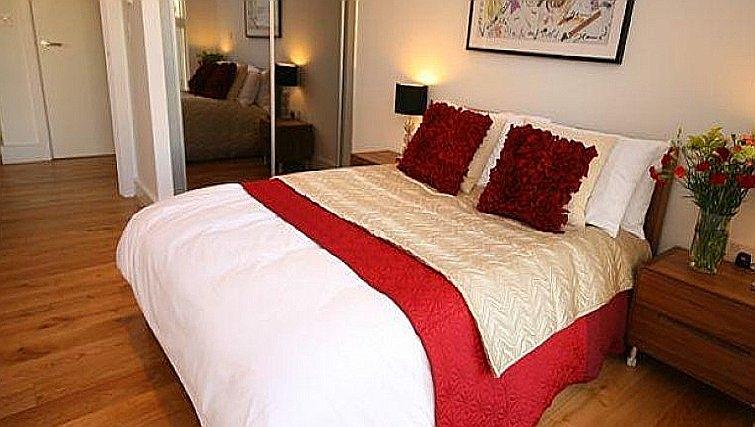 Bed at Accordia Apartments (Kingfisher Way)
