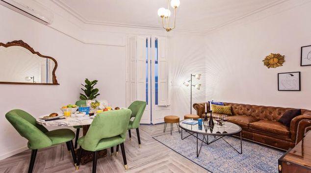 Living room at Urgell Apartment