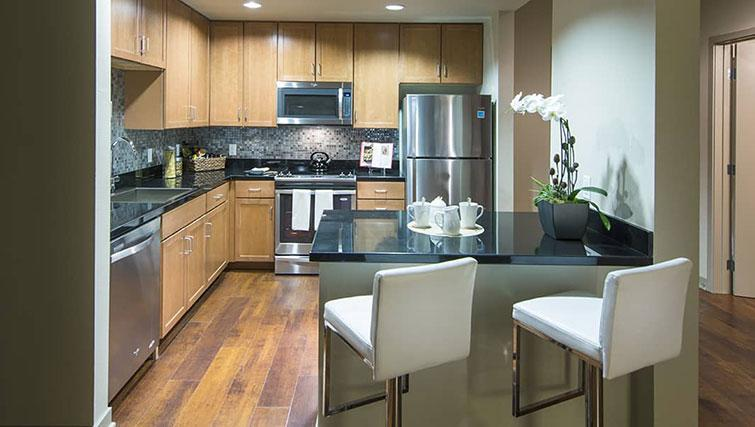 Kitchen at Edgewater NCH Apartment