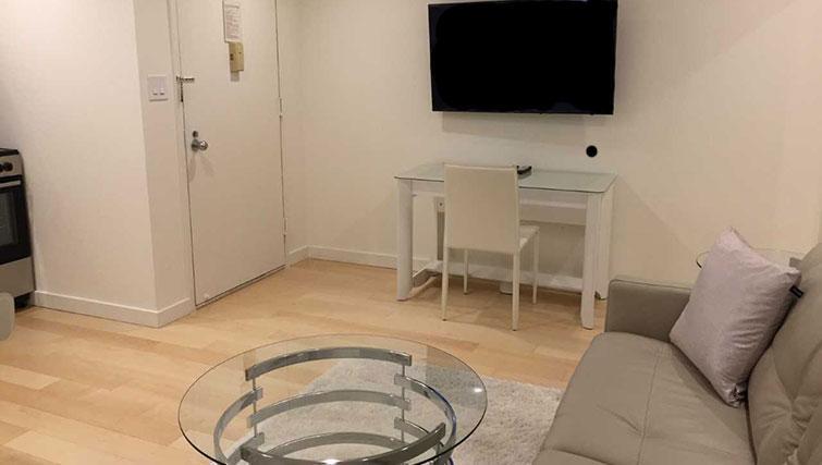 TV at Executive Plaza Apartments