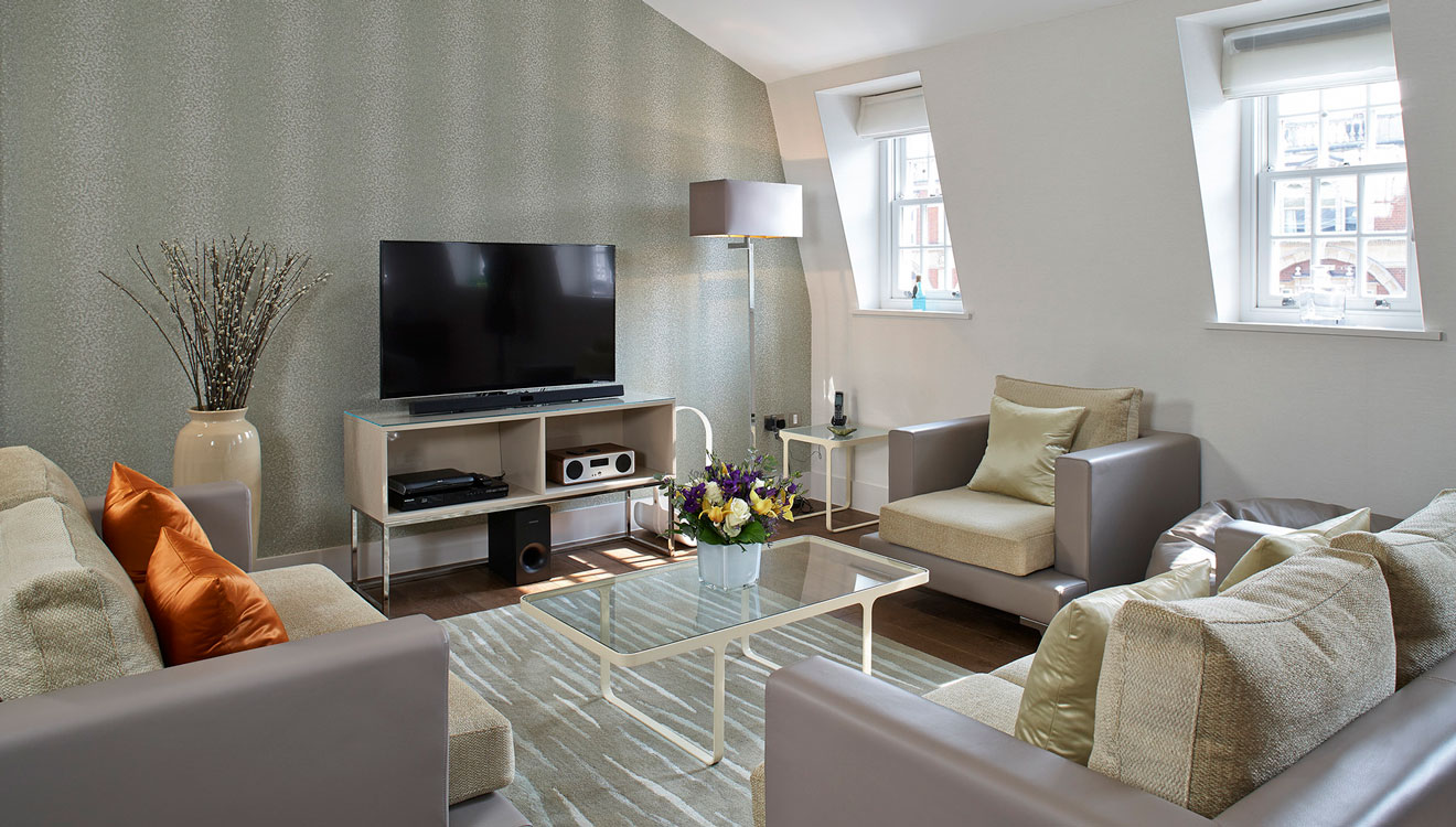 Lounge at 126 Cheval Brompton Road Apartments