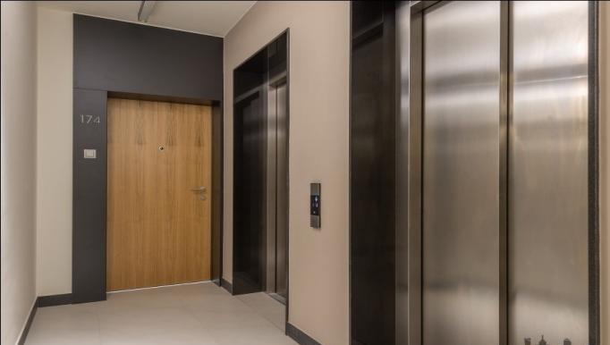Lifts at Konstruktorska Apartment