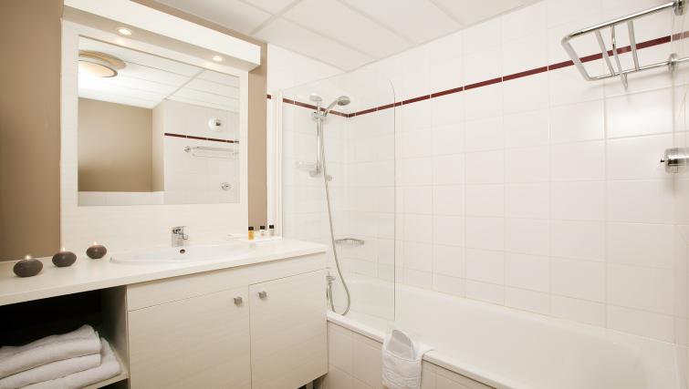 Bathroom at Residhome Occitania