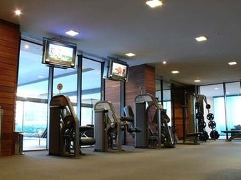 Gym at Freshwater Place Apartments