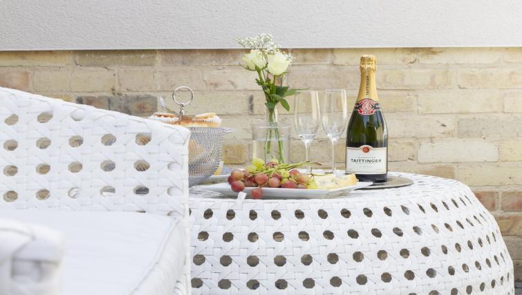 Table at Eagle Yard Apartments