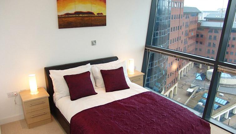 Bedroom in the Quay Serviced Apartments