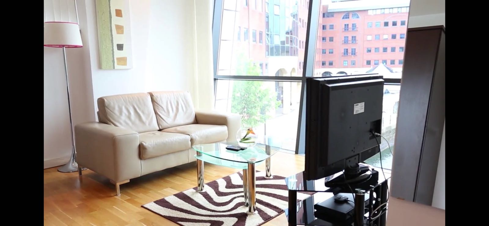 TV at Quay Serviced Apartments