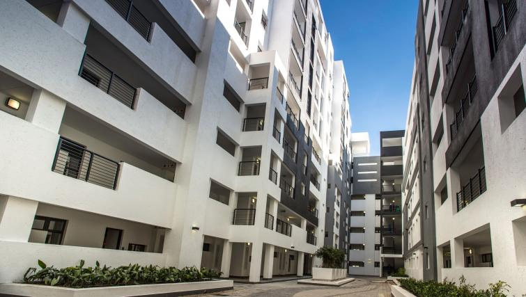 Exterior atThe Vantage Apartments