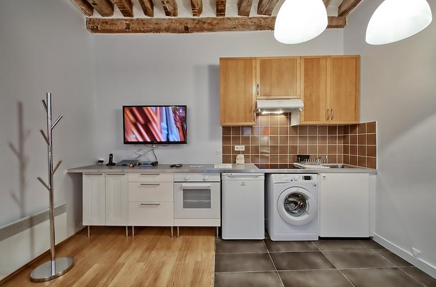 Kitchen facilities at Rue d'Argout Apartments