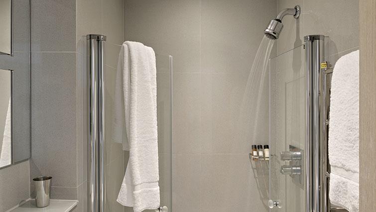 Bathroom at Templeton Place Aparthotel